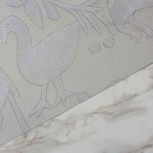 AVES---GREY---DETAIL-SHOT