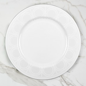 PALLADIAN-WHITE-SERVINGPLATE---OVERHEAD-SHOT