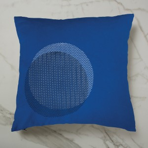 CURVE_CUSHION_BLUEINSIDE