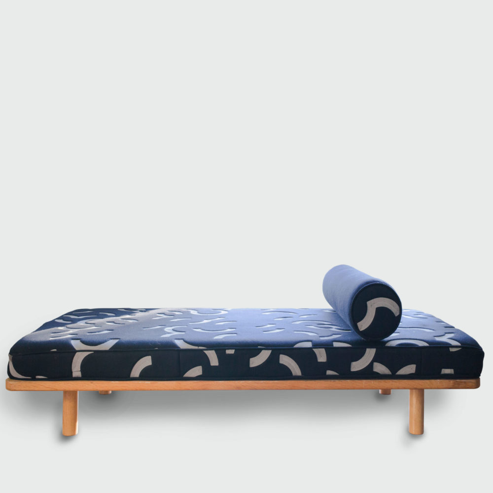 DAY BED & CONTOUR EMBROIDERED MATTRESS + BOLSTER   NAVY