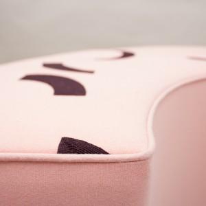Corner-stool-DetailLOW