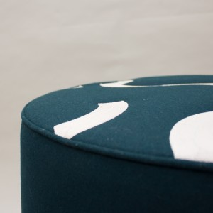 CONTOUR-STOOL-GREEN-DETAIL