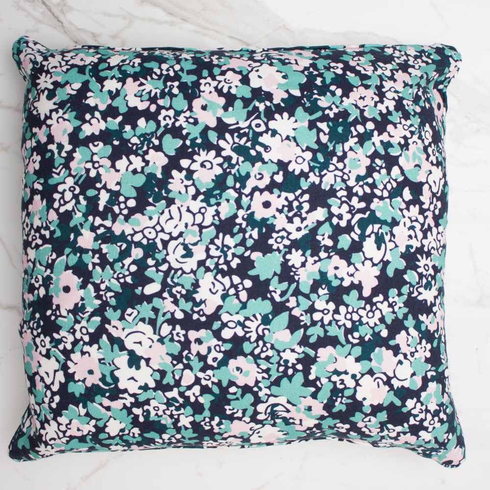 FOREST HILL DAY CUSHION | ONELLA